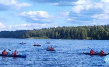 Корпоративный водный поход по реке для компаний